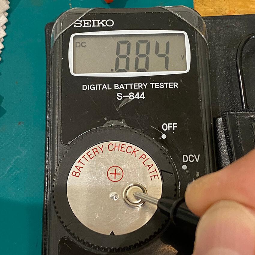 電圧計-1