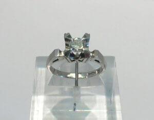 指輪を最新デザインにリフォーム