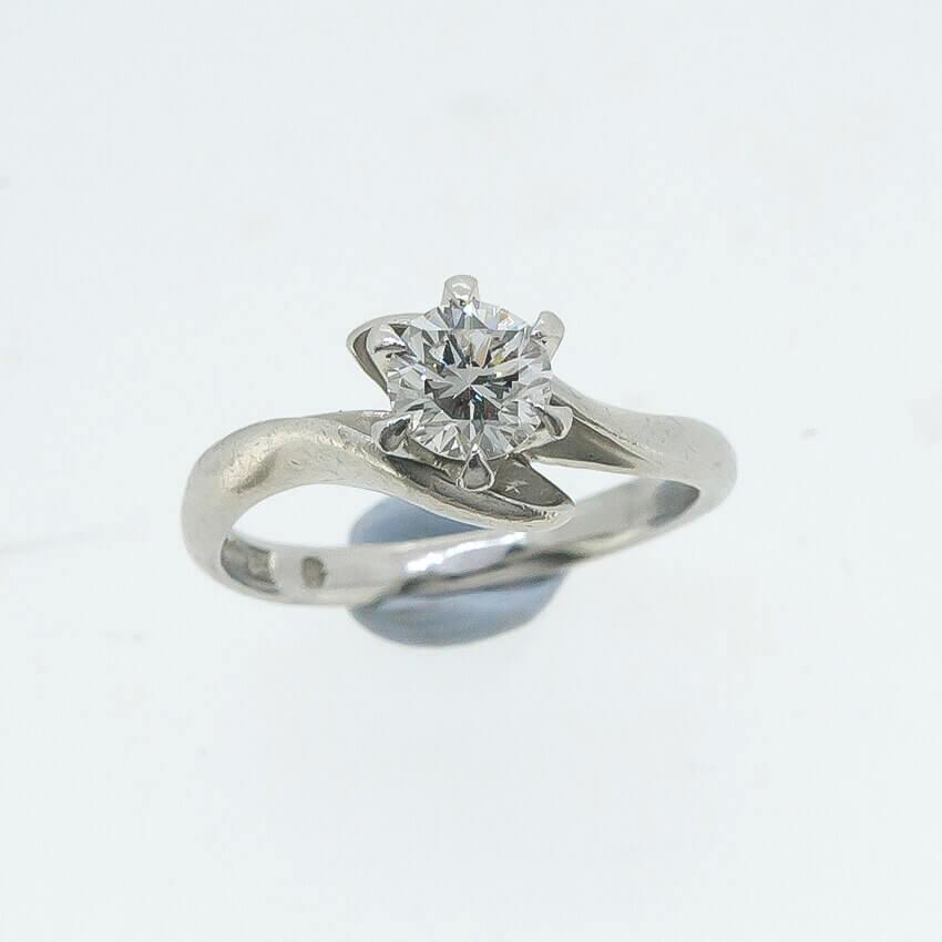欲しかった指輪!いま持ってるダイヤをリフォーム