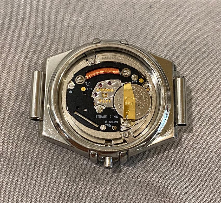 オメガ腕時計内部電池交換