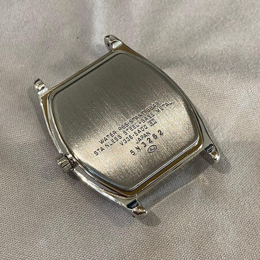 アルバ腕時計再メッキ後時計組み立て竜頭メッキ裏面