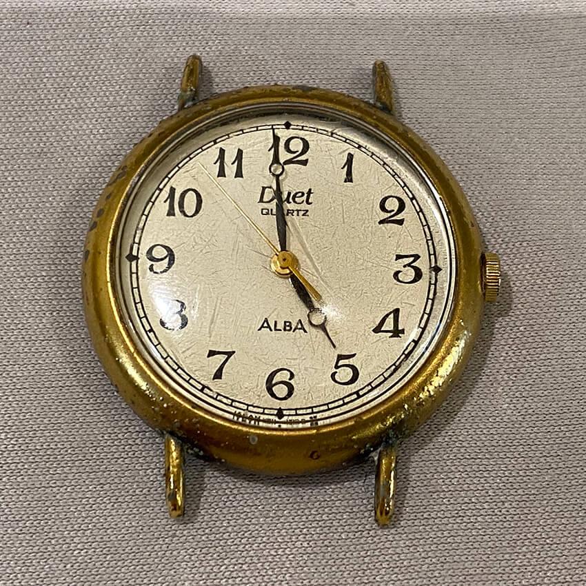 アルバ腕時計の研磨と再メッキ