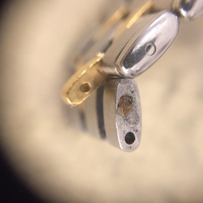 クレドール腕時計ベルトコマ破損