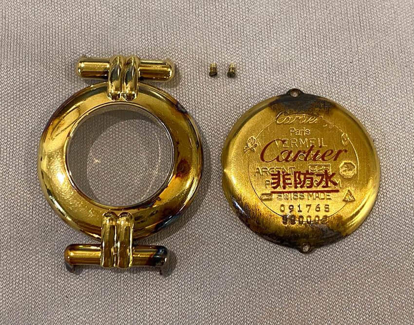 カルティエ時計変色取り修理前のパーツ