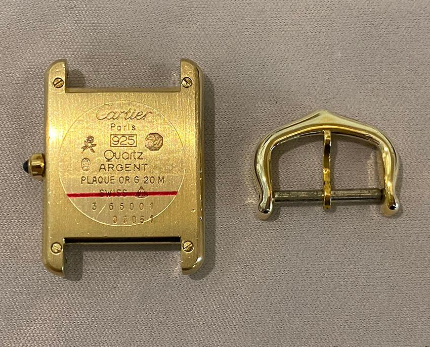 カルティエ時計修理後の裏面とパーツ