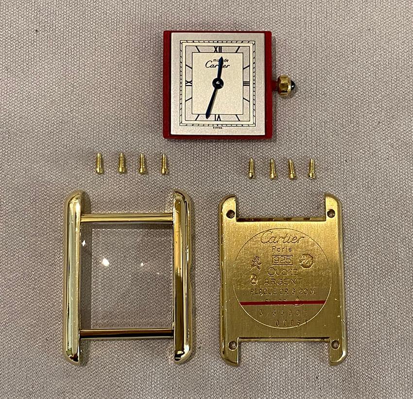カルティエ時計修理後のパーツ