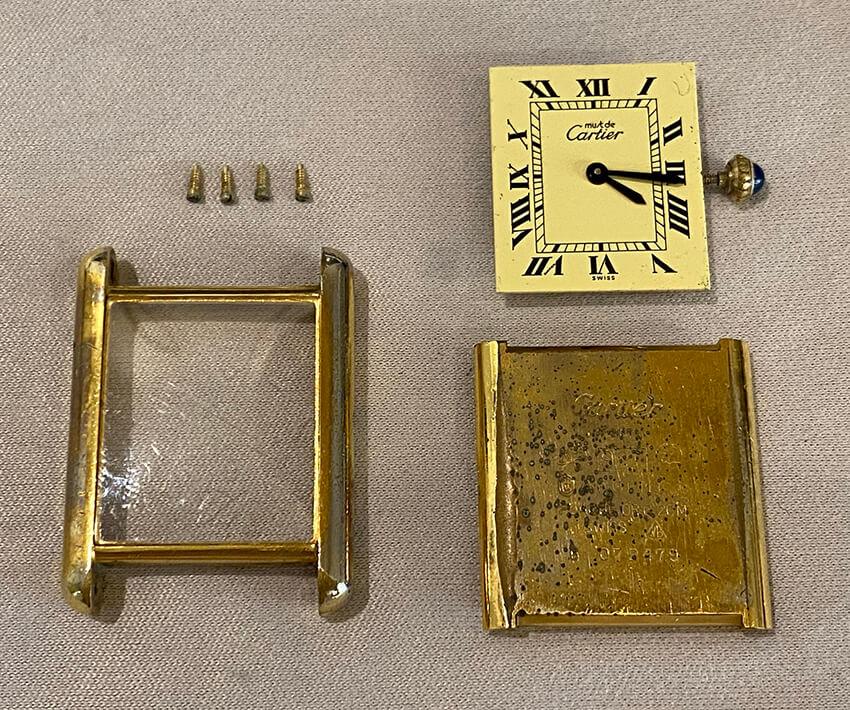 カルティエ時計再メッキ修理前のパーツ