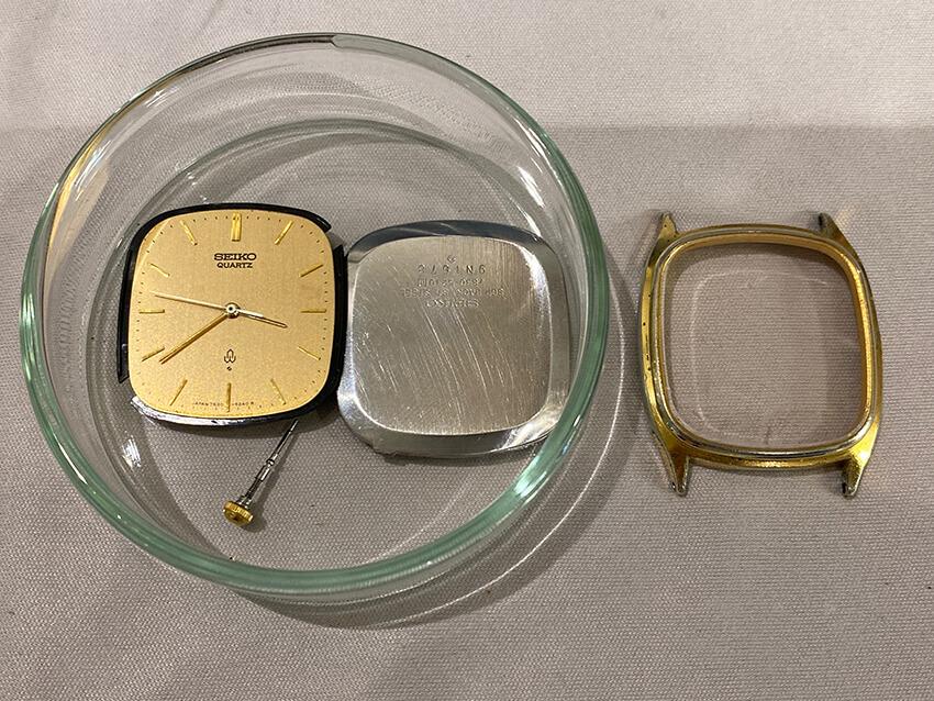 セイコーの腕時計のパーツ