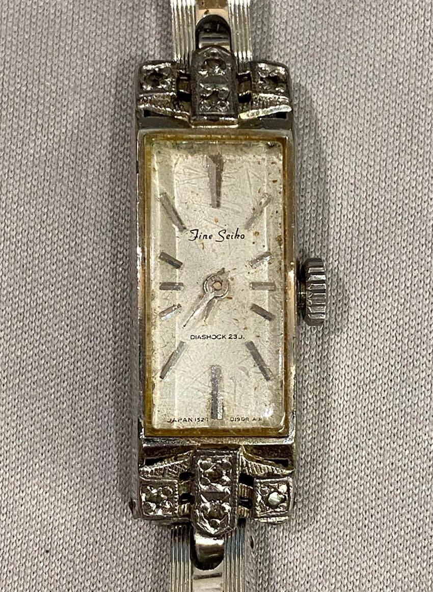 セイコー腕時計修理前の表面