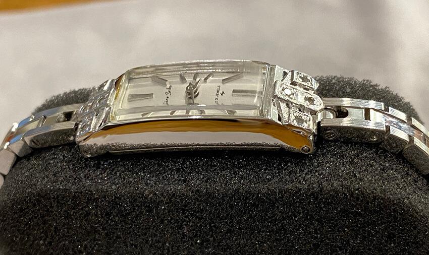 セイコー腕時計の修理後の横側-2