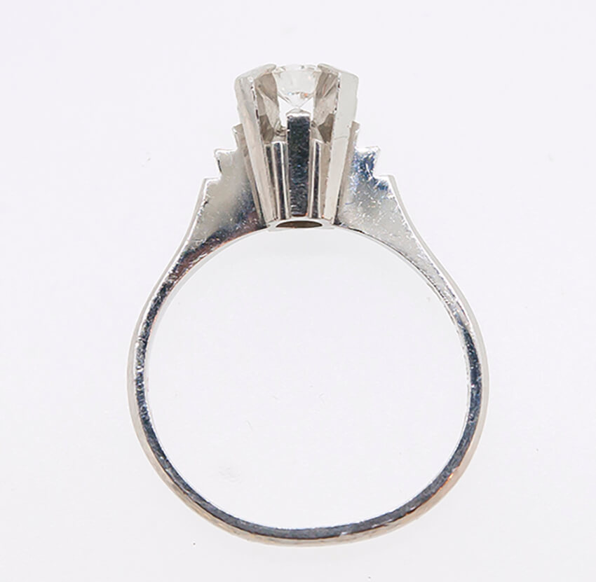 背の高いダイヤリングを「ゆれるダイヤモンド」ペンダントに!