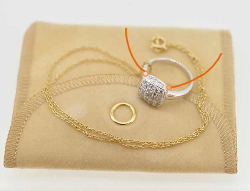 指輪をそのまま利用してネックレスにリフォーム