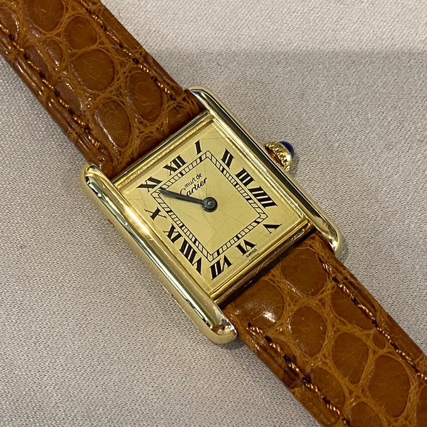 カルティエ時計修理ベルト装着後表面