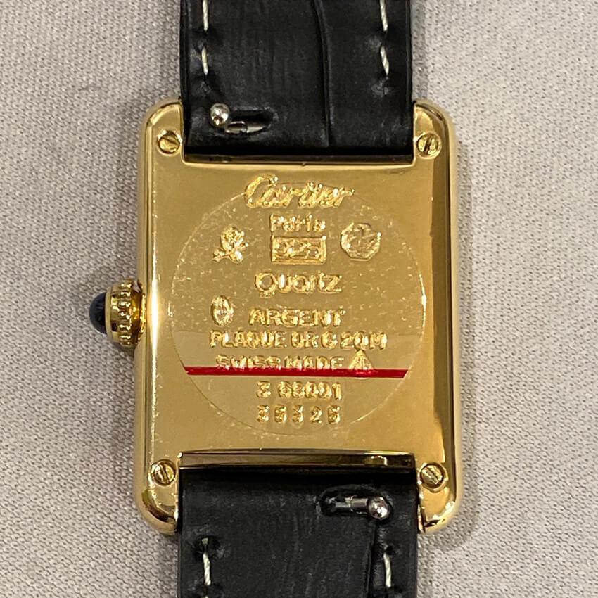 カルティエ時計ベルト装着後裏面