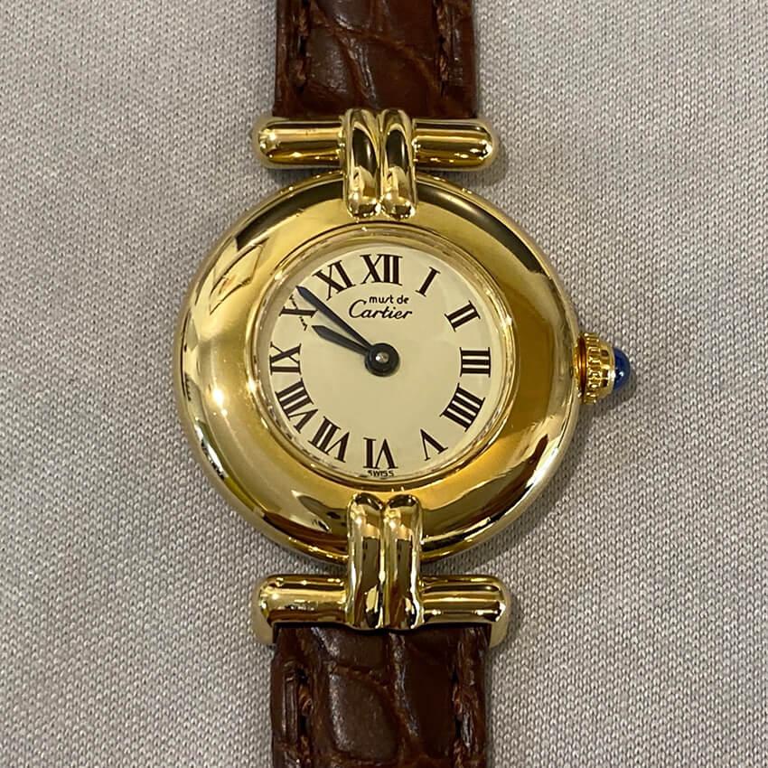 カルティエ時計ベルト装着後の表面