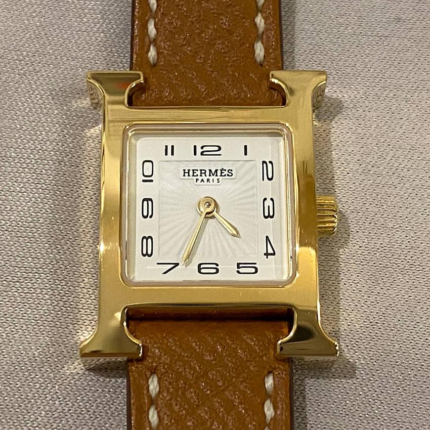 エルメス時計修理後ベルト装着表面