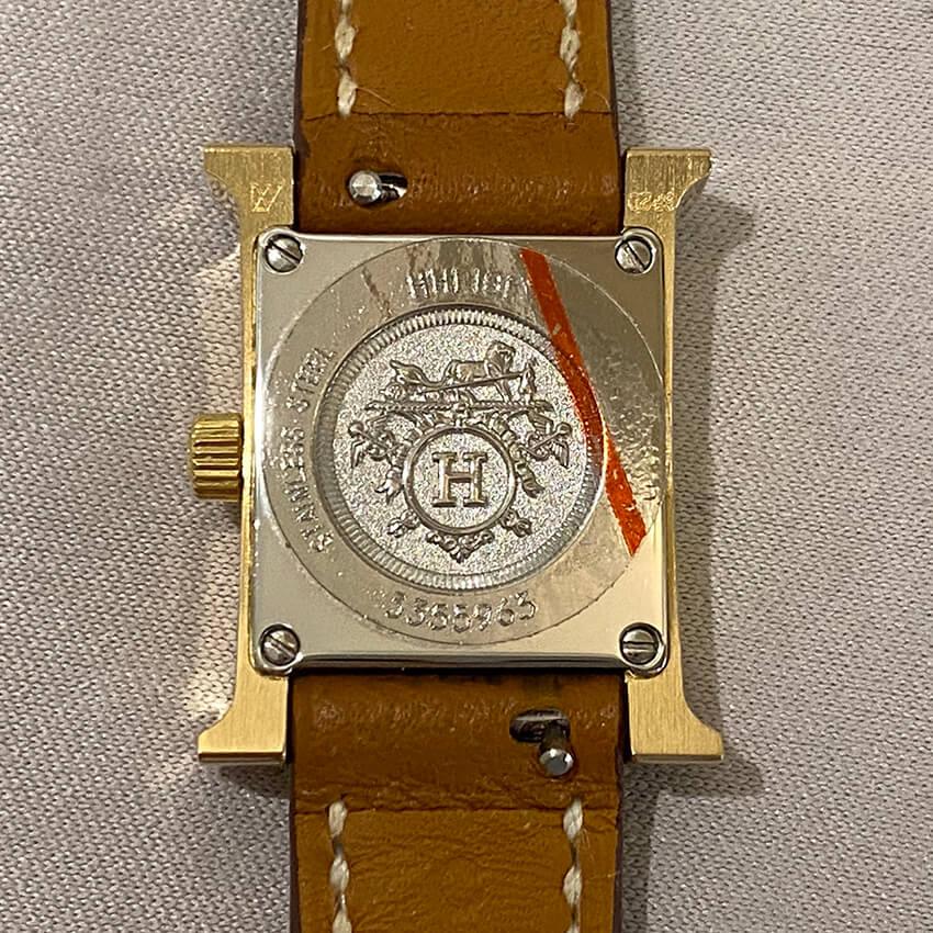 エルメス時計修理後ベルト装着裏面