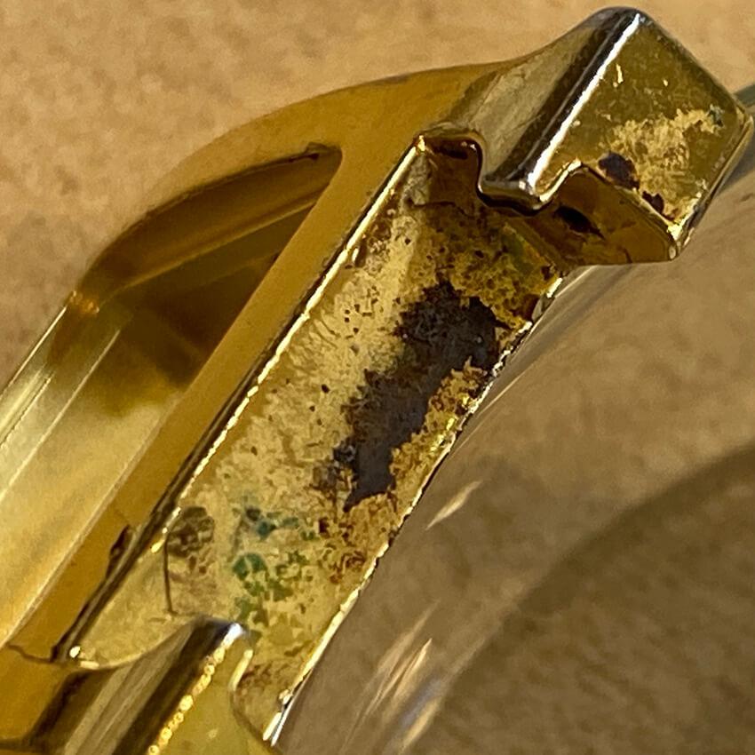 エルメス腕時計メッキ剥がれと錆