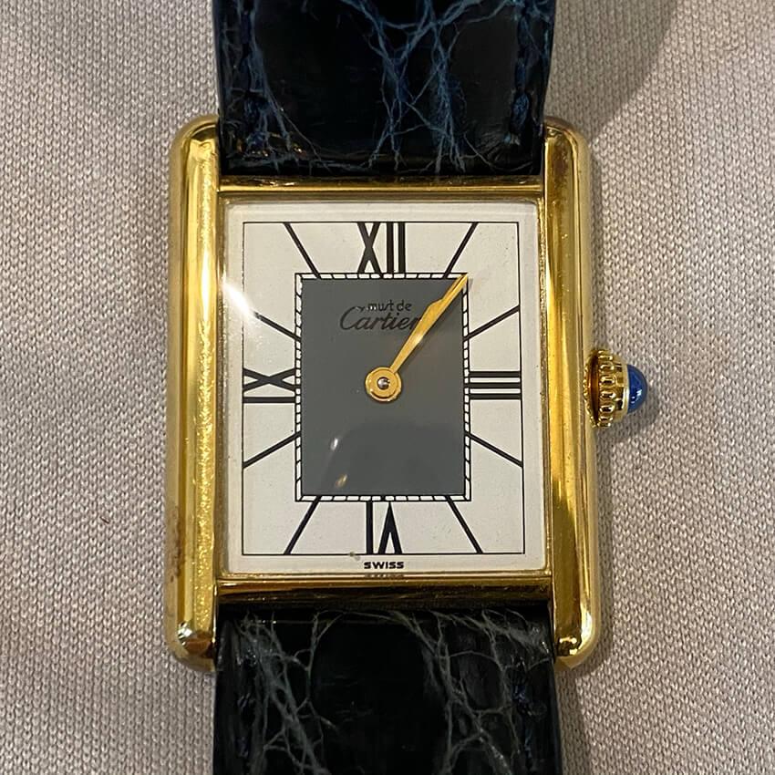カルティエ時計表面