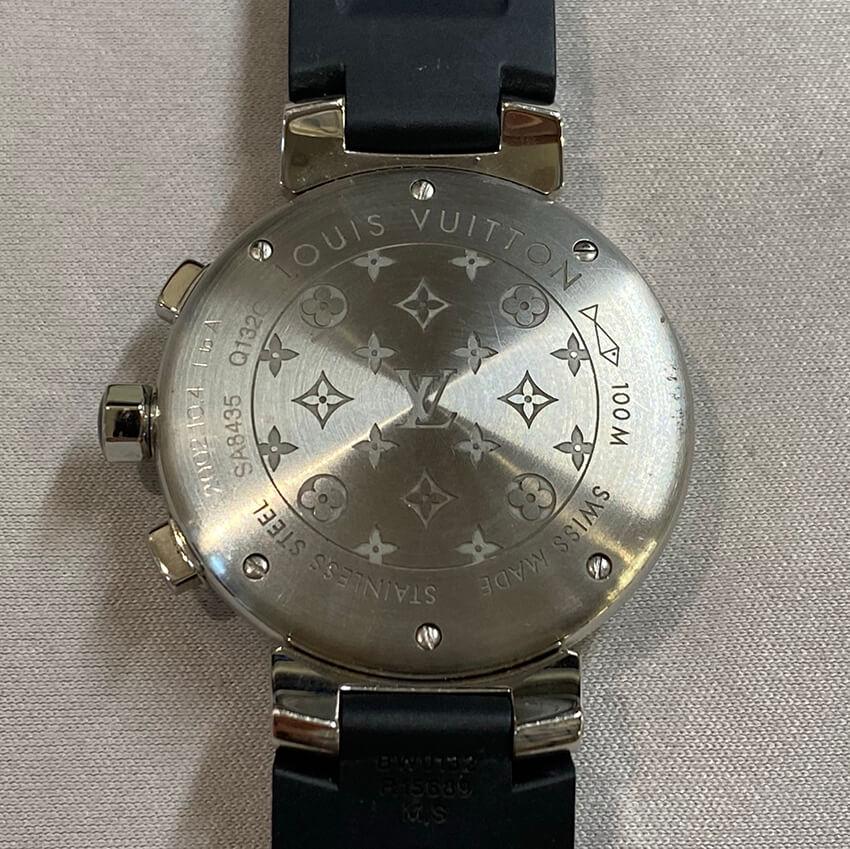 ルイヴィトンの腕時計の裏面